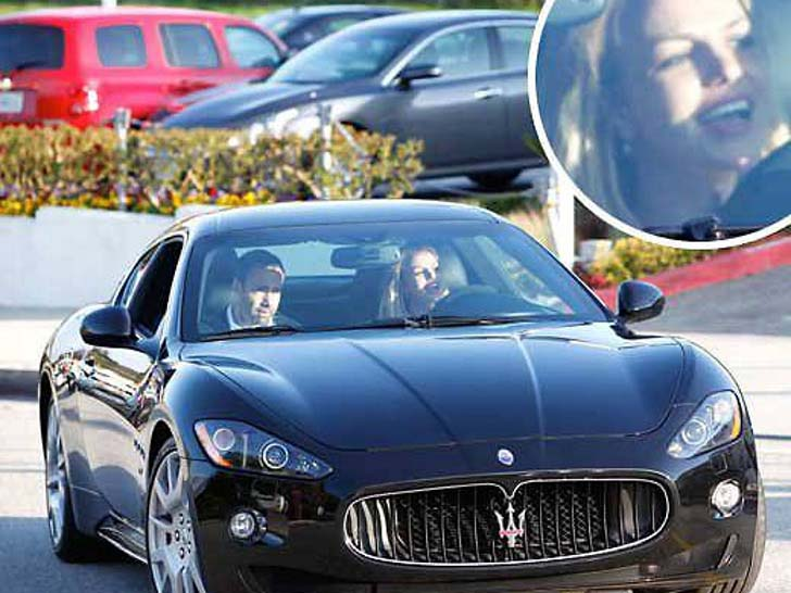 17-female-celebrities-who-drive-the-most-luxurious-cars-in-the-world_18