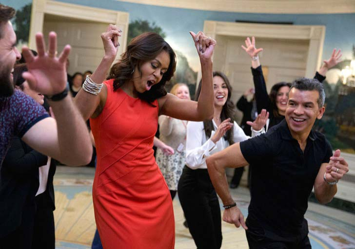 26-of-the-most-iconic-pictures-of-michelle-obama_26