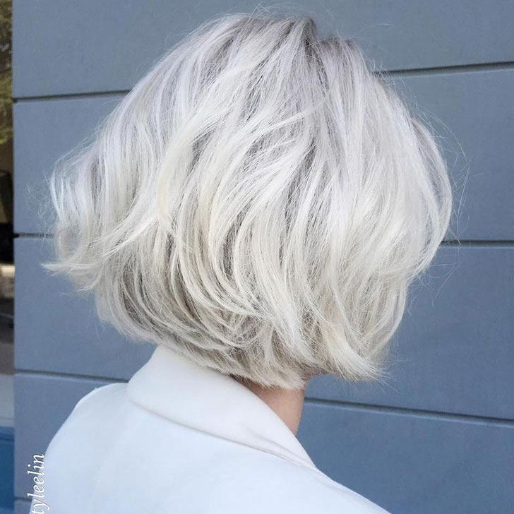 30-chic-and-classy-short-hairstyles-for-women-over-50_14