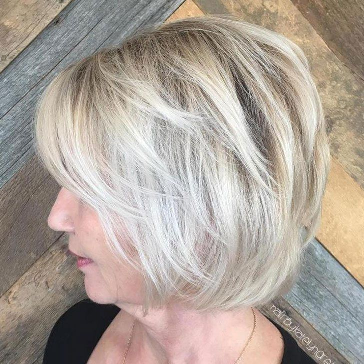 30-chic-and-classy-short-hairstyles-for-women-over-50_21