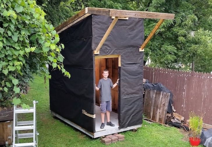 at-the-age-of-13-he-built-a-house-that-surprised-everyone-with-only-1500_1