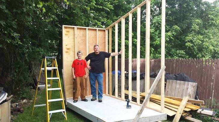at-the-age-of-13-he-built-a-house-that-surprised-everyone-with-only-1500_5