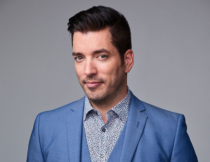 inside-the-life-of-property-brothers-star-jonathan-scott_19
