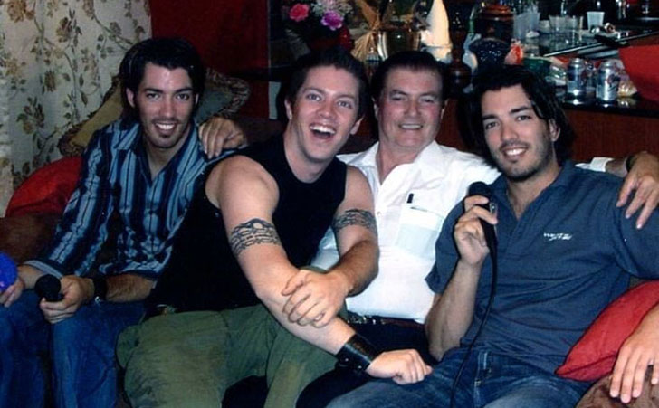inside-the-life-of-property-brothers-star-jonathan-scott_4