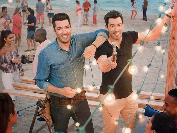 inside-the-life-of-property-brothers-star-jonathan-scott_8