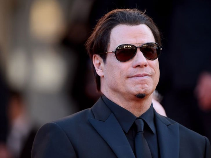 travolta-addresses-rumors_31