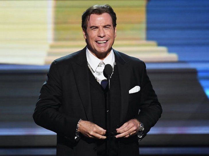travolta-addresses-rumors_42