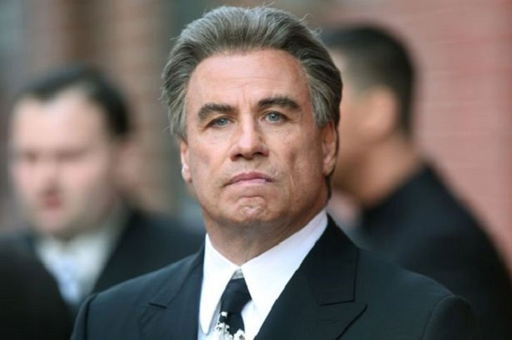 travolta-addresses-rumors_44