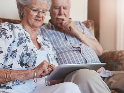 10 Discounts Seniors Get Only If They Know